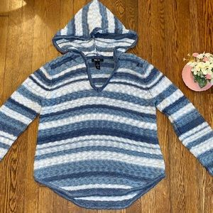 🌟STYLE & CO. KNITTED PULLOVER HOODED WHITE/BLUE🌟